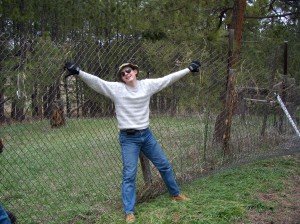 ian-holding-up-the-chain-link